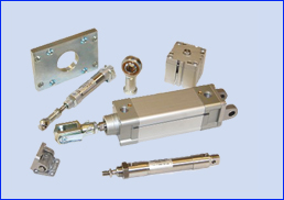PNEUMATIC CYLINDER WITH MOUNTINGS